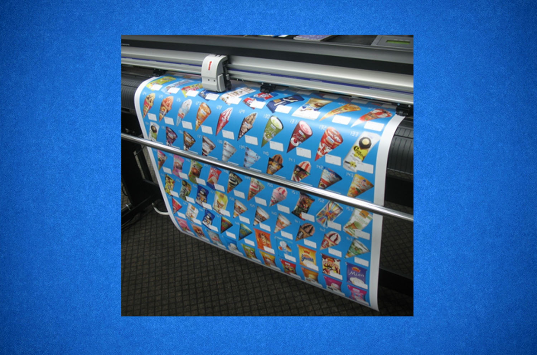 ИЗготовление наклеек на широкоформате