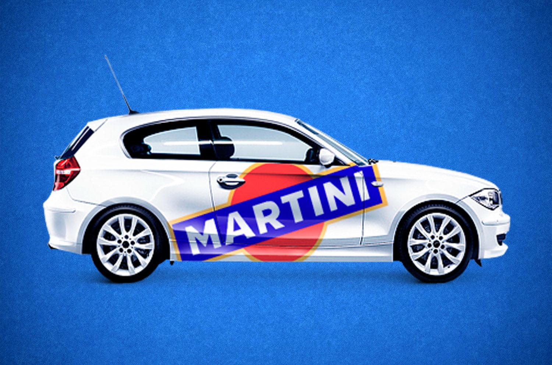 Наклейка логотипов на авто